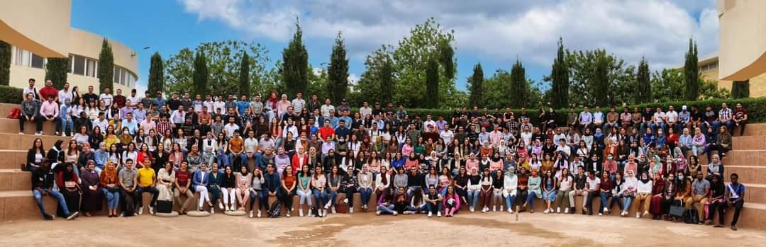 """المغرب: عميد كلية الطب والصيدلة بوجدة بين الحديقة اليابانية واحترام اجراءات """" كورونا"""""""