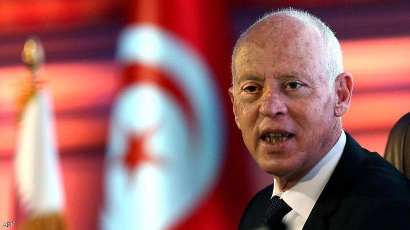 رئيس تونس يدعو لحوار يقود لنظام سياسي جديد وتعديل دستوري