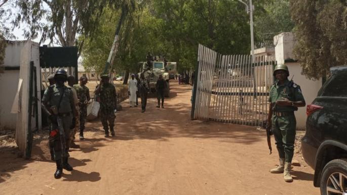 العثور على جثة طالبة بين عشرات تم خطفهم من مدرسة في نيجيريا