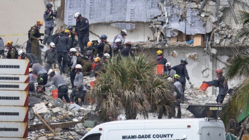 ارتفاع حصيلة ضحايا انهيار برج مدينة ميامي الأمريكية إلى 16 قتيلا