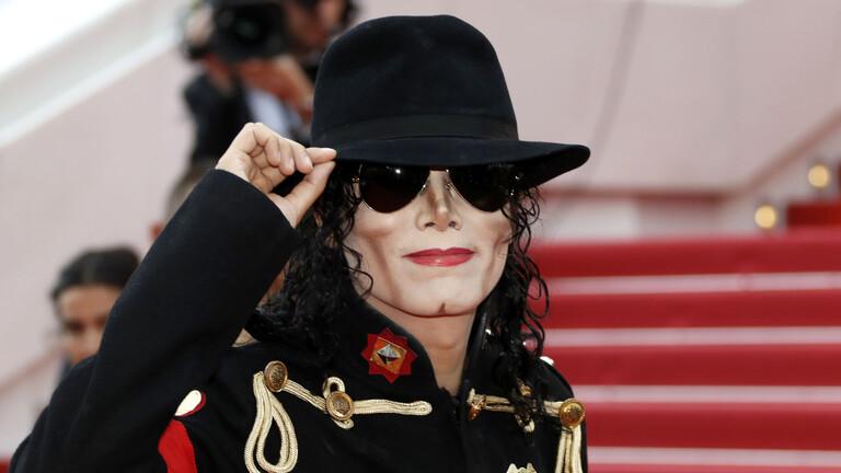 """الحارس الشخصي لمايكل جاكسون يوضح حقيقة وجود """"غرفة سرية للأطفال"""" في منزل الراحل"""