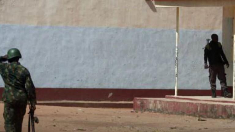 مسلحون يختطفون موظفين ورضيعا من مستشفى في نيجيريا