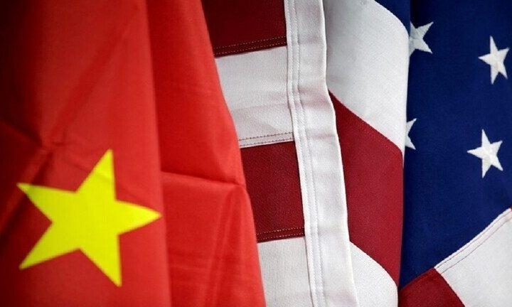 الصين تفرض عقوبات مضادة على وزير التجارة الأمريكي السابق وأفراد آخرين