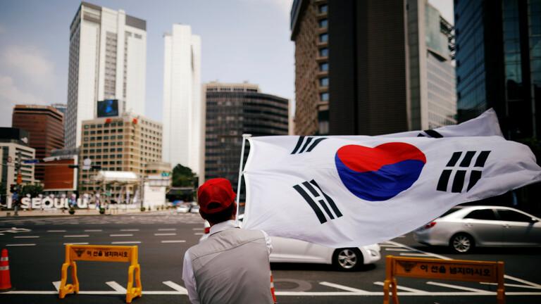 محكمة في كوريا الجنوبية تؤكد إدانة مسؤول مقرب من رئيس البلاد بتهمة التلاعب بالرأي العام