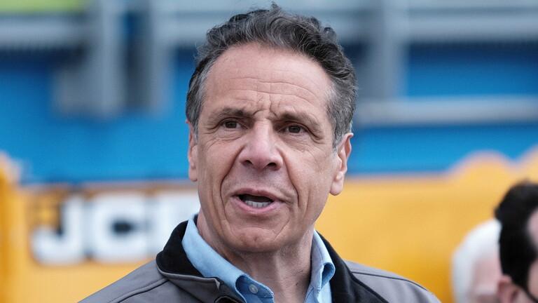 لجنة قضائية أمريكية تراجع الأدلة التي توصي بإقالة حاكم نيويورك