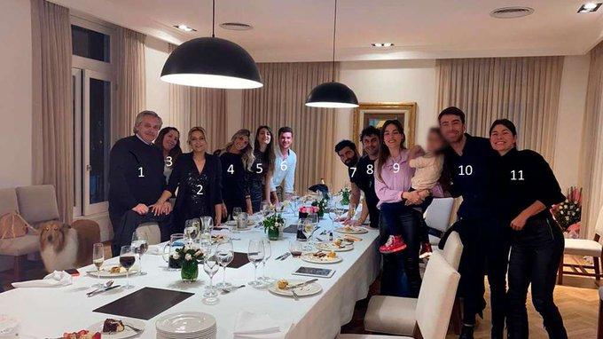 الأرجنتين.. صورة عائلية للرئيس تثير فضيحة في البلاد