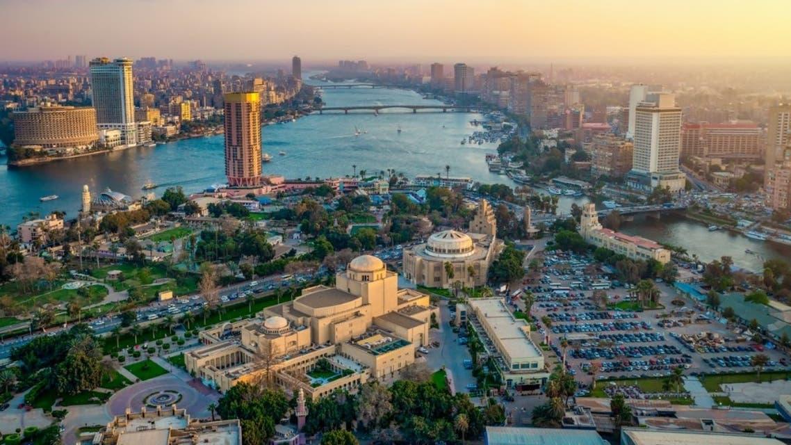 """مصر.. محام يقاضي القائمين على """"كلوب هاوس"""" بعد تطاول إحدى الغرف على الذات الإلهية"""