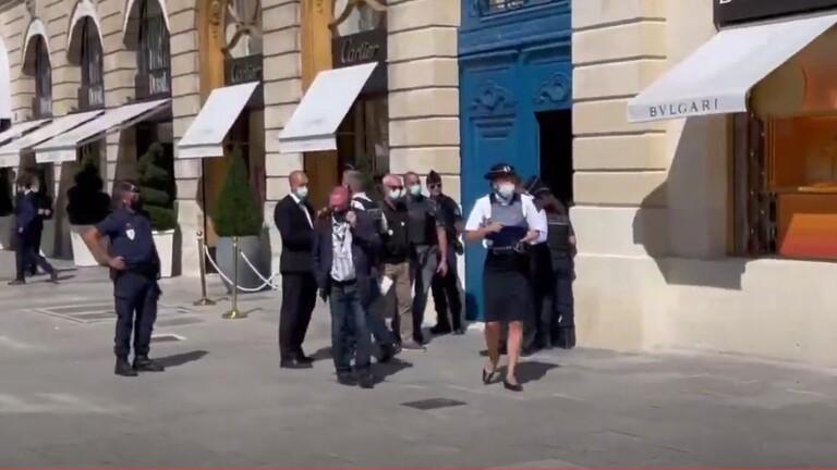 """سرقة مجوهرات بقيمة 10 ملايين يورو جراء سطو مسلح على أحد متاجر """"بولغاري"""" في باريس"""