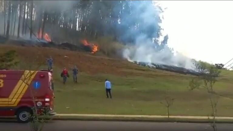 البرازيل.. تحطم طائرة تقل 7 ركاب 5 منهم من عائلة واحدة