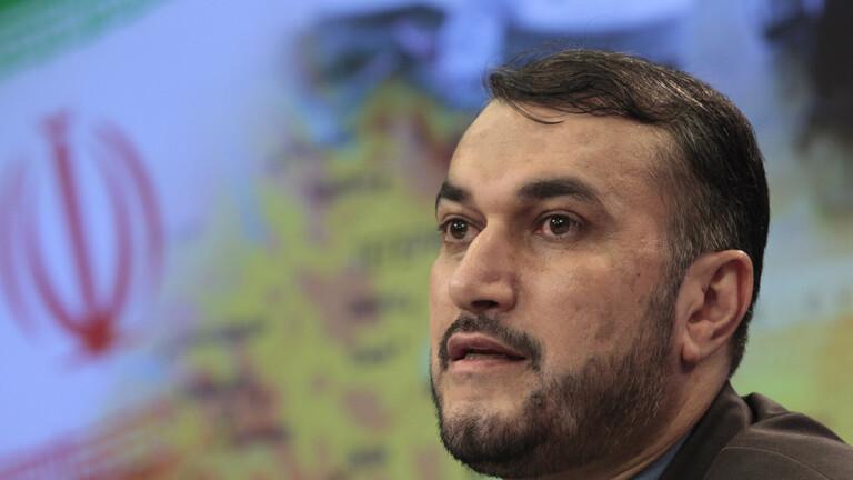 وزير خارجية إيران يجتمع مع ممثلين عن دول عربية منها السعودية