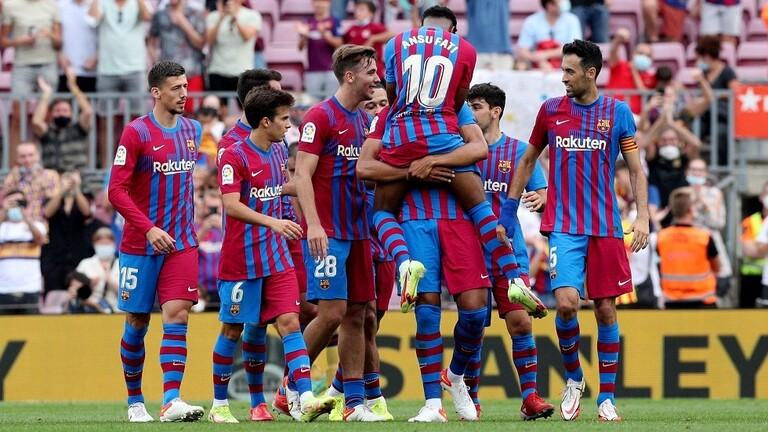 برشلونة يصالح جماهيره بثلاثية في شباك ليفانتي