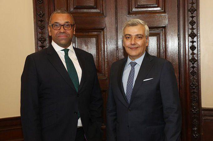 وزير بريطاني: لبنان في أزمة ويجب على قادته إجراء إصلاحات عاجلة
