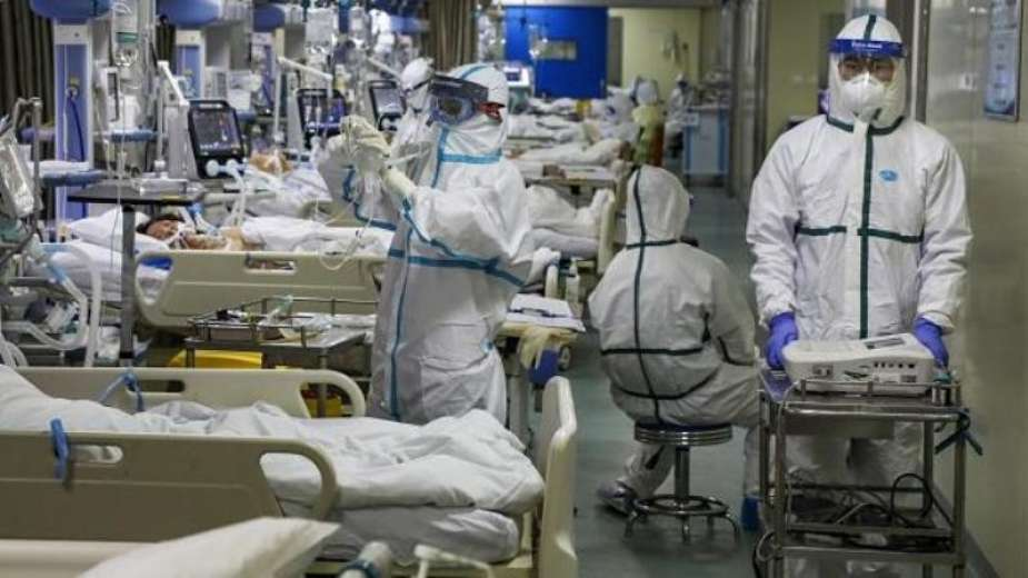 الصحة العالمية: انخفاض عالمي حاد في إصابات كورونا