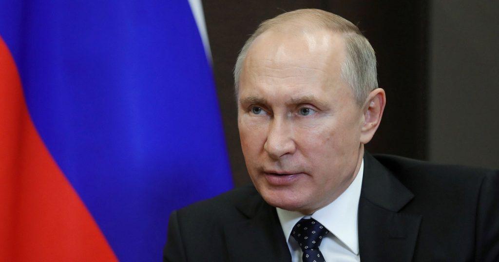 """بوتين سيخضع لحجر صحي بعد إصابة المحيطين به بفيروس """" كورونا"""""""