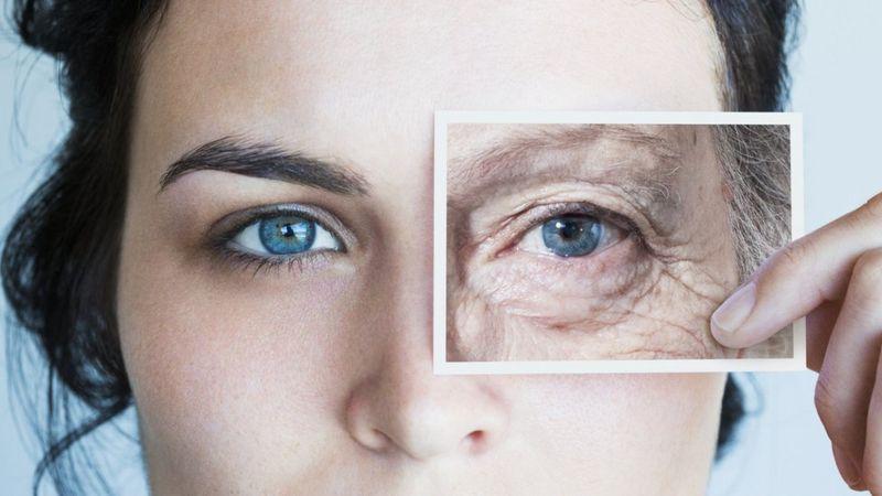 """الشيخوخة : عالم وراثة أمريكي يقول إنها """"مرض"""" قابل للعلاج"""