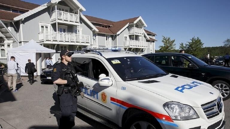 الشرطة النرويجية: مقتل 4 أشخاص وإصابة آخرين في هجمات في بلدة كونغسبرغ واعتقال مشتبه به