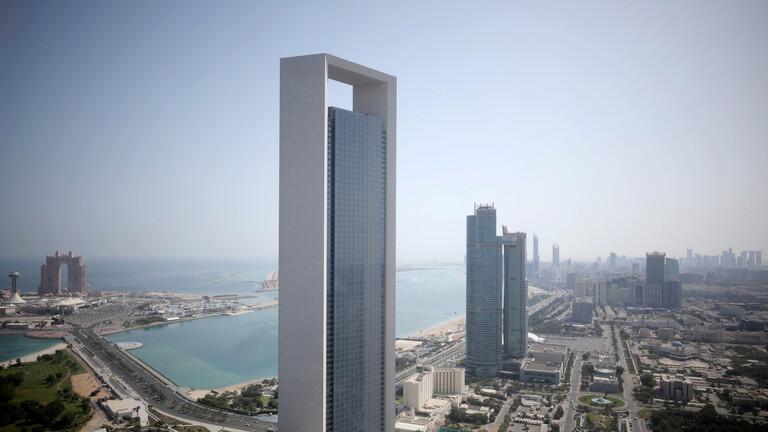 مصرع أربعة من كوادر شرطة أبو ظبي جراء تعرضهم لحادث سقوط طائرة