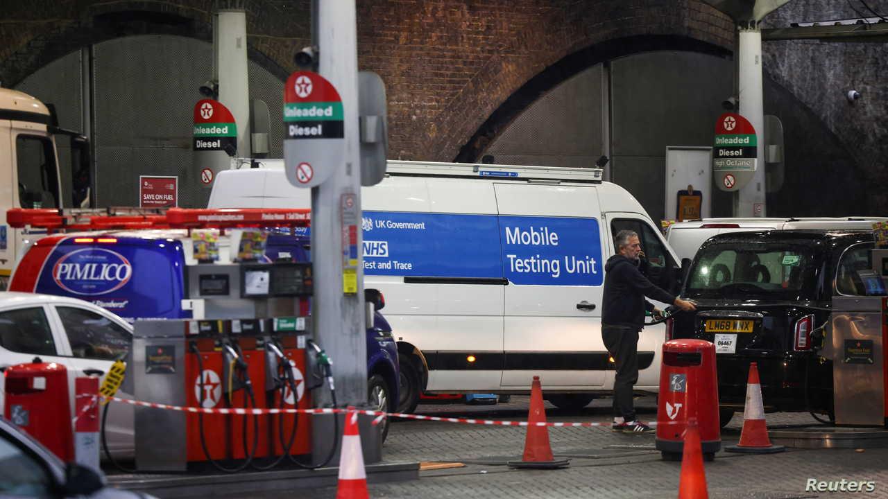 بريطانيا.. أزمة البنزين في البلاد قد تستمر حتى عيد الميلاد