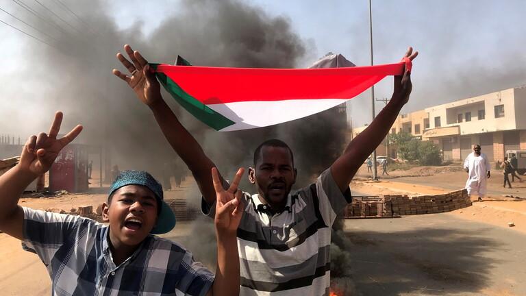 البيت الأبيض: أمريكا تدعو إلى الإفراج فورا عن المسؤولين السودانيين